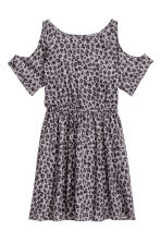 Cold shoulder dress - Grey/Leopard print - Kids | H&M CN 2