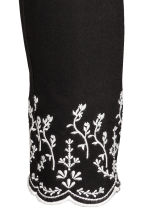 Embroidered trousers - Black - Ladies | H&M 5