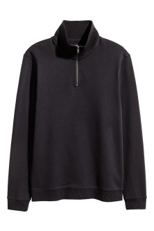 Sweatshirt with a collar