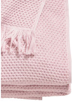 Jeté de lit gaufré en coton - Rose clair - Home All | H&M FR 2