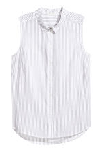 Sleeveless blouse - Light grey/Striped - Ladies | H&M CN 2