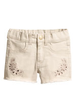 Embroidered twill shorts - Light beige -  | H&M 2