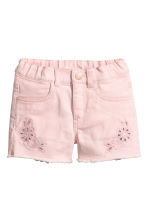 Embroidered twill shorts - Light pink - Kids | H&M 2