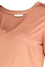 MAMA V-neck top - Beige - Ladies | H&M 3