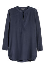 H&M+ Silk blouse - Dark blue - Ladies | H&M CN 2