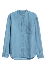 Grandad shirt Regular fit - Light denim blue - Men | H&M 2