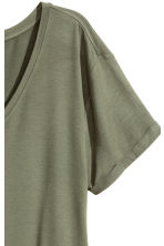 V-neck jersey top - Khaki green - Ladies | H&M CN 3