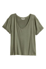 V-neck jersey top - Khaki green - Ladies | H&M CN 2