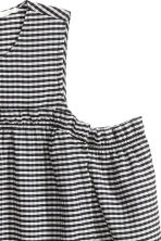 Cold shoulder blouse - Black/White/Checked - Ladies | H&M CN 3