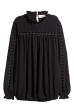 Crinkled blouse - Black - Ladies | H&M CN 2