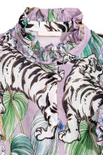 Frilled blouse - Purple/Tigers - Ladies | H&M 3