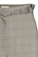 Trousers with frills - Grey/Checked - Ladies | H&M CN 4