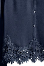 Short blouse - Dark blue - Ladies | H&M 3