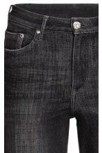 360° Shaping Skinny High Jeans - Black washed out -  | H&M 3