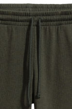 Sweatpants Skinny fit - Green -  | H&M CA 3