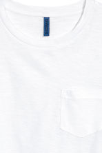 T-shirt with a chest pocket - White - Men | H&M CN 3