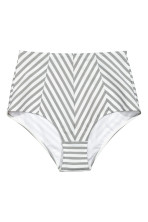 White/Grey striped