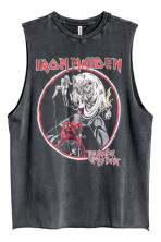 Nero/Iron Maiden