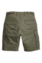Cargo shorts - Khaki green - Men | H&M 3