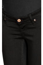 MAMA Shaping Skinny Jeans - Black denim - Ladies | H&M 4
