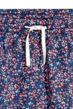 Patterned trousers - Dark blue/Floral -  | H&M 3