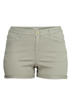 H&M+ Twill shorts - Light khaki green - Ladies | H&M 1
