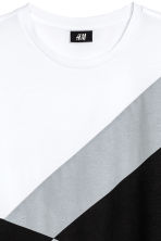 T-shirt - White/Black - Men | H&M CN 3