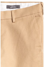 Chinos Slim fit - Beige - Men | H&M 4