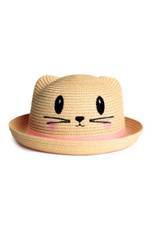 Straw hat with ears