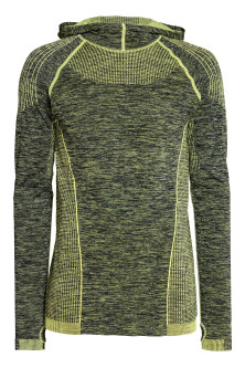Seamless hooded running top