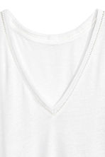 T-shirt in a linen blend - White - Ladies | H&M CN 3