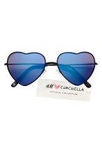 Heart-shaped sunglasses - Black/Blue - Ladies | H&M 2