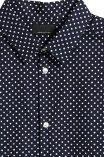 Premium cotton shirt - Dark blue/Spotted - Men | H&M 3