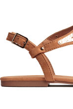 Toe-post sandals - Brown - Ladies | H&M CN 4