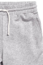 Knee-length sweatshirt shorts - Grey marl - Men | H&M 3