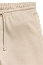 Knee-length sweatshirt shorts - Beige - Men | H&M CN 3