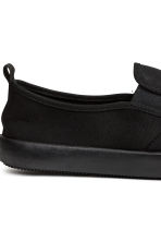 Slip-on trainers - Black - Men | H&M CN 4