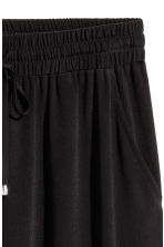 Crinkled skirt - Black - Ladies | H&M CA 3