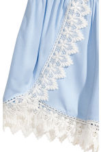 Shorts with lace details - Light blue - Ladies | H&M 3