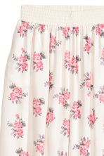 Wide trousers - Natural white/Floral - Ladies | H&M CN 3