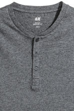 Short-sleeved Henley shirt - Dark grey marl - Men | H&M 4