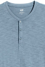 Short-sleeved Henley shirt - Pigeon blue - Men | H&M CA 3