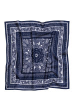 Patterned scarf - Dark blue - Ladies | H&M CN 2