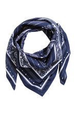 Patterned scarf - Dark blue - Ladies | H&M CN 1