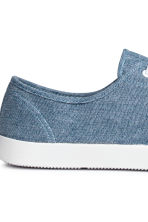 Canvas trainers - Blue/Chambray - Men | H&M 4