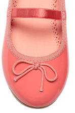 Ballet pumps with strap - Coral pink - Kids | H&M 4