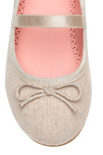 Ballet pumps with strap - Light beige - Kids | H&M CN 4