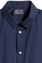 Short-sleeved stretch shirt - Dark blue - Men | H&M CN 3