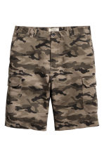Cargo shorts - Khaki/Patterned - Men | H&M 2