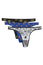 3-pack cotton string briefs - Black/Batman - Ladies | H&M 2